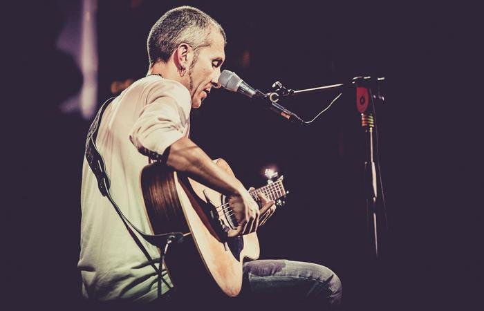 Tutto quello che conosco mi piace condividerlo con le altre persone - Intervista al chitarrista Massimo Varini