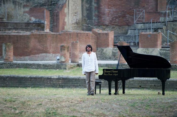 Nessuno investe più nella musica, nessuno rischia - Intervista al pianista e compositore Francesco Capriello