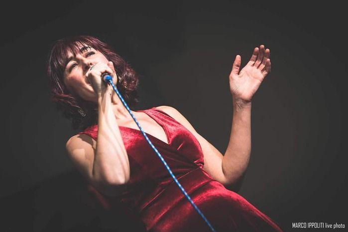 La musica possiede una dimensione artistica e formativa dal valore inestimabile - Intervista alla cantante Claudia Aliotta