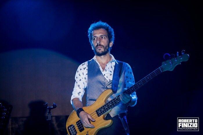 Vedo troppi musicisti iper-tecnici, puntano solo alla velocità d'esecuzione e non trasmettono niente - Intervista al bassista e insegnante Francesco Tripi