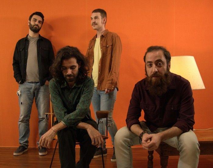 """Qualcuno direbbe che """"abbiamo portato la musica al supermercato"""" - Intervista alla band Clacs"""