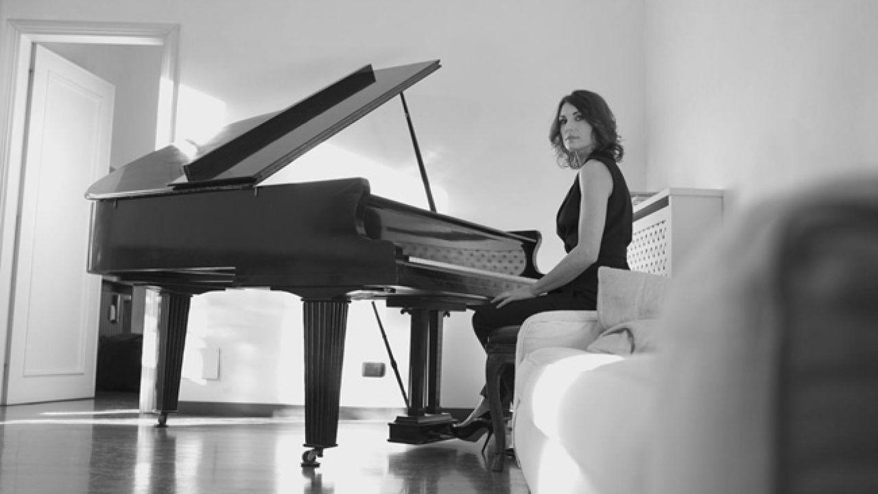 Disarm, il nuovo album della pianista e compositrice Roberta Di Mario, in uscita l'8 novembre 2019