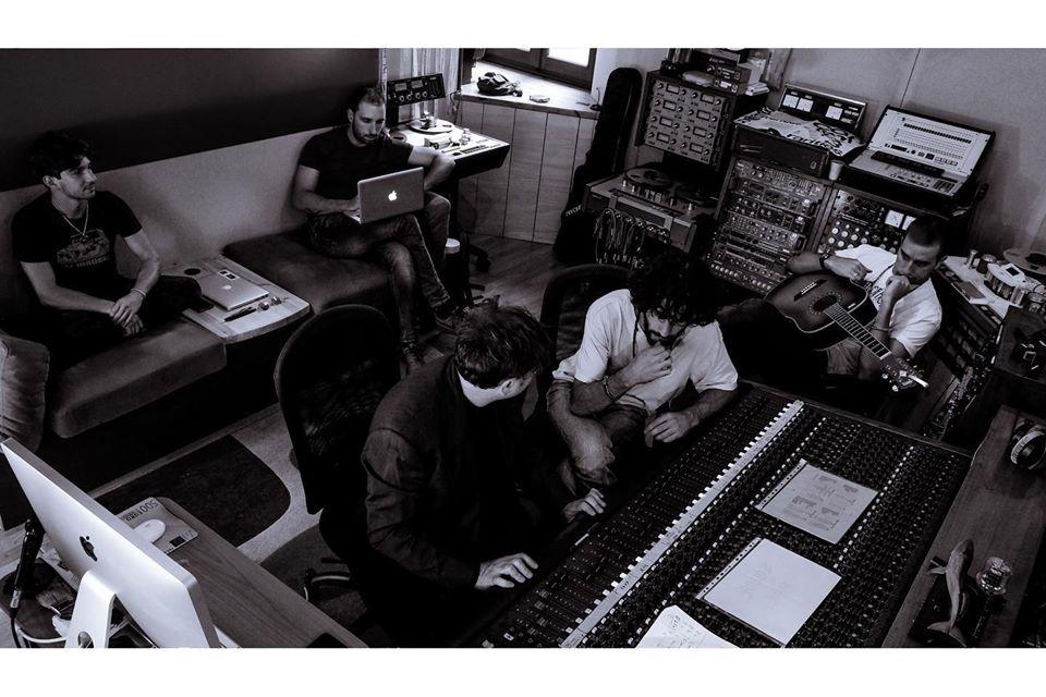 La musica è sempre uno specchio del progredire della società - Intervista alla band Keemosabe