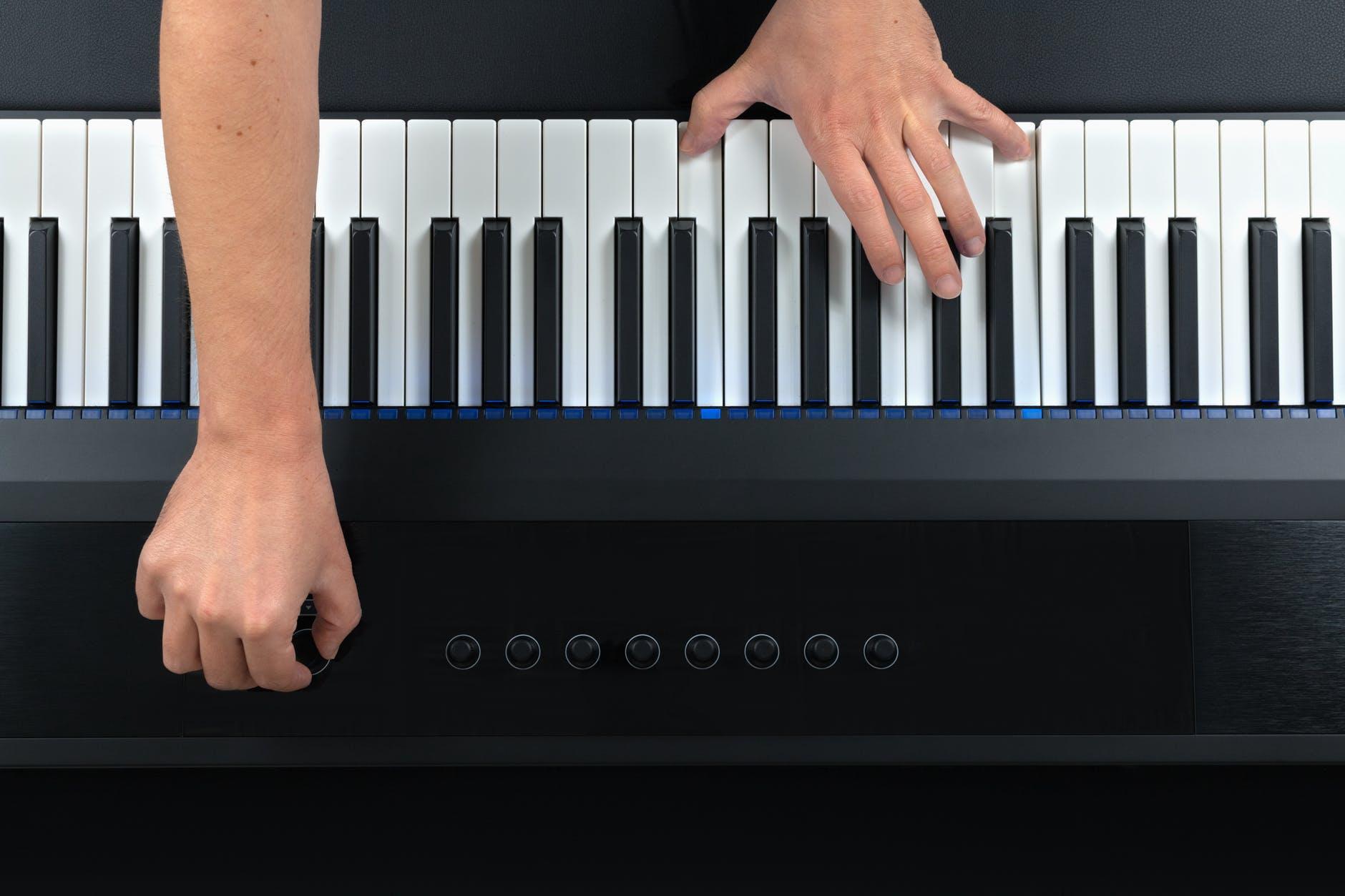 Giro di DO. Fai pratica, suona e componi nuove canzoni
