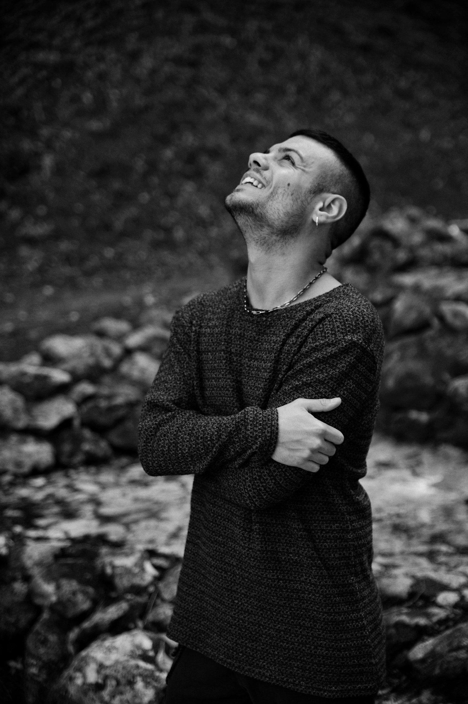 Bisogna fare gavetta, capire la giusta strada provando e sperimentando - Intervista al cantautore Aldo Mazzei