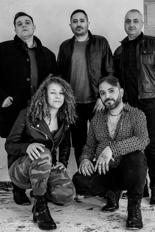 foto della band DinamiKa in bianco e nero